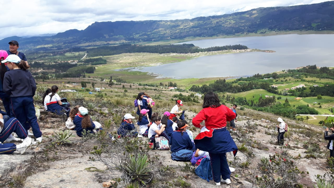 Caminata Cerro montecillo